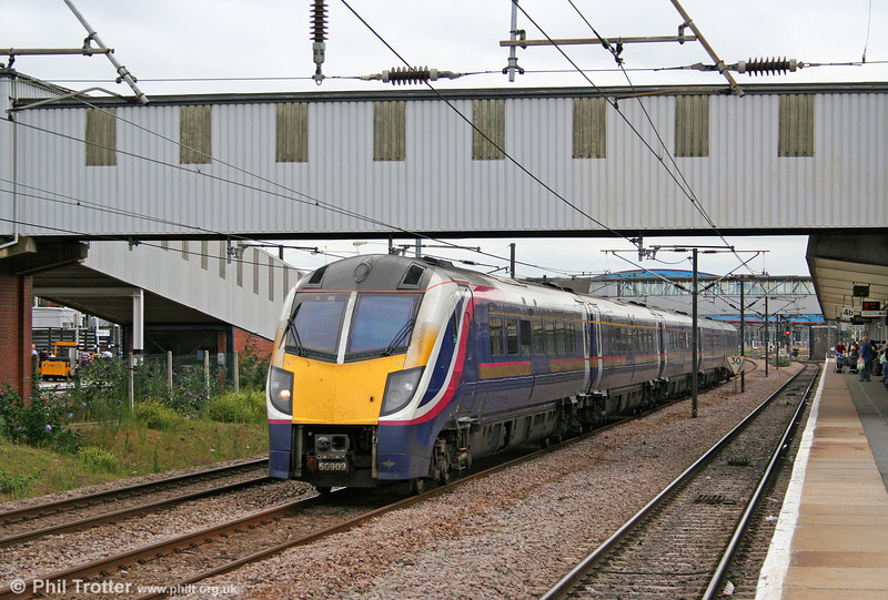 Hull Trains 180109 speeds through Peterborough with 1H04, 1333 London King's Cross to Hull on 4th August 2009.