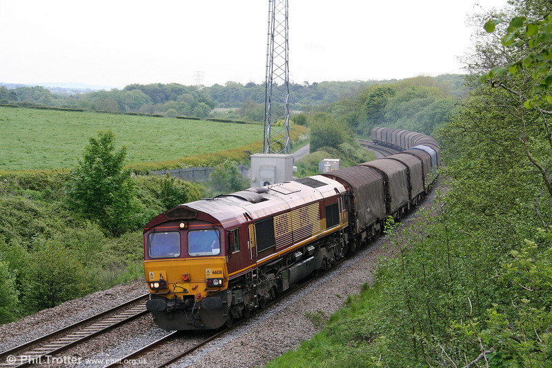 66138 passes Llangewydd with 6Z08, 0459 Wembley to Margam on 23rd May 2009.