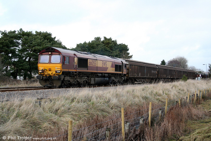 Normally a job for a class 60, 66055 heads 6B12, 1414 Margam to Trostre through Llangennech on 18th January 2009.