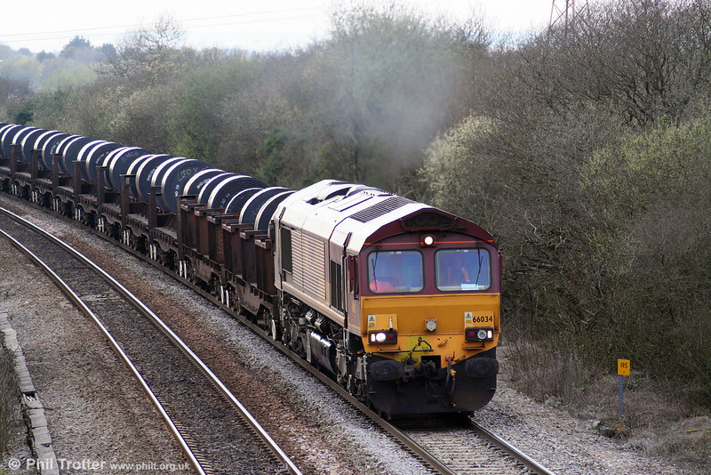 66034 on Stormy Bank with 6E30, 1750 Margam to Hartlepool on 1st April 2009.
