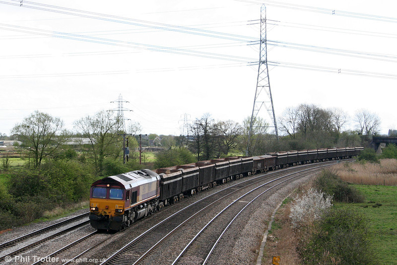 Normally a Thursday working, 66193 passes Duffryn at the head of 6Z98, 1234 Port Talbot Grange Sidings to Temple Mills/Lea Interchange with stone for the Olympic development on 7th April 2009.