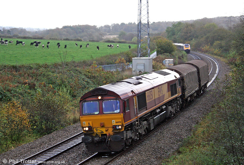 66051 passes Llangewydd with a lightly loaded 6V19, 1722 Immingham Sorting Sidings to Margam on 31st October 2009.