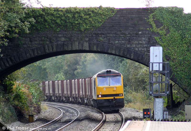 60063 at Pontyclun with 6H24, 1124 Llanwern to Margam on 17th October 2009.