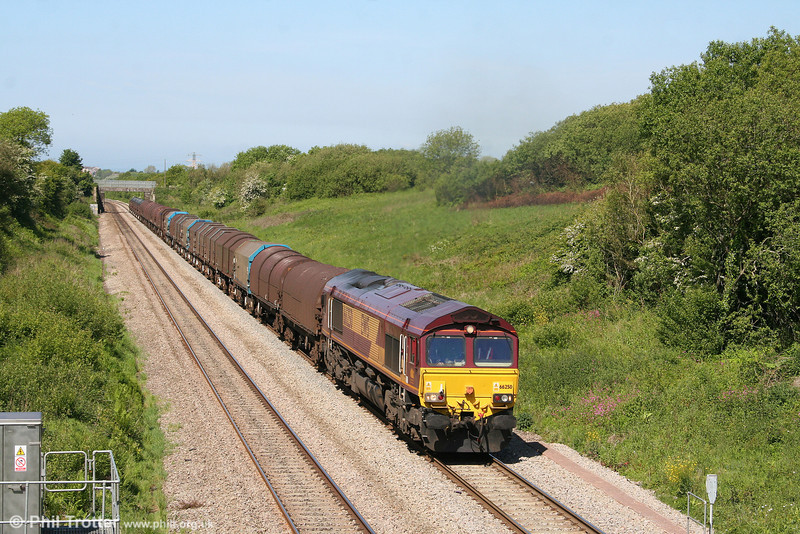 66250 climbs Stormy Bank with 6H25, 1022 Margam to Llanwern on 24th May 2009