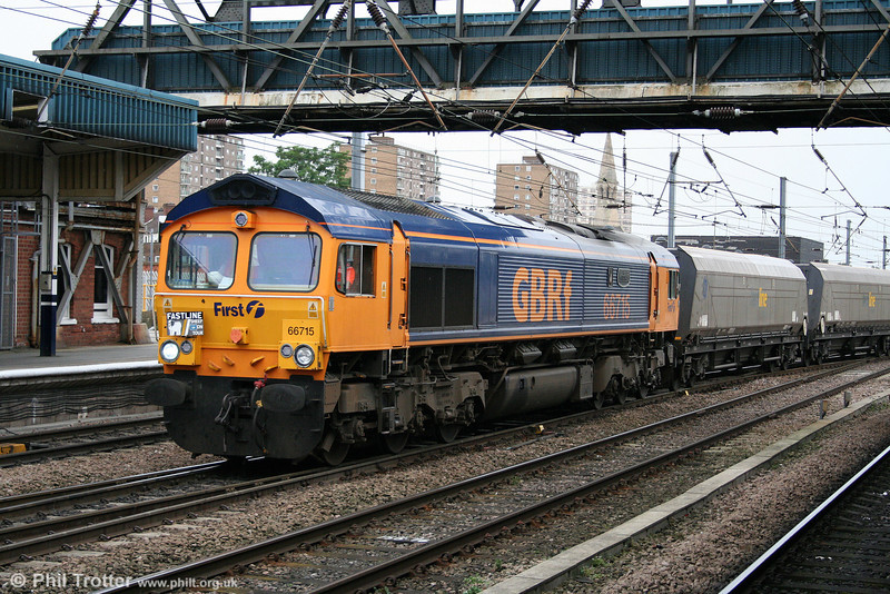 GBRf 66715 'Valour' is on hire to Fastline as it passes Doncaster with 4G81, 1331 Ratcliffe to Hatfield Mine empties on 6th August 2009.