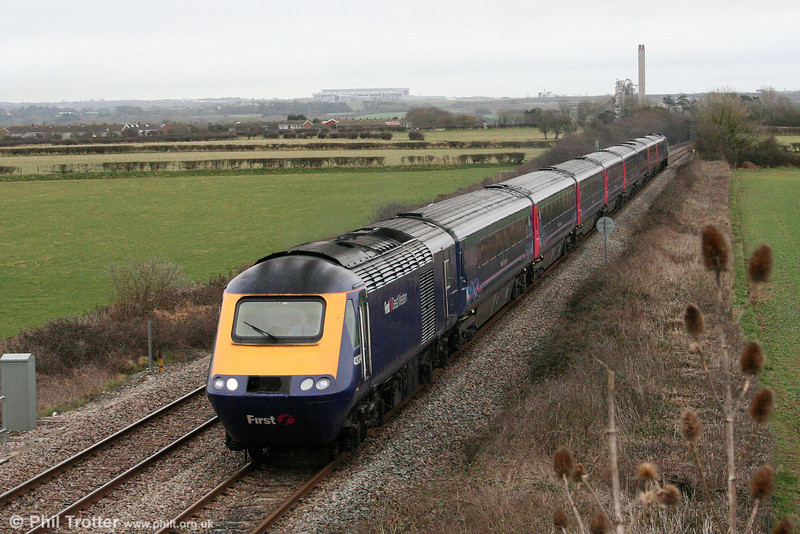 43024 heads the diverted 1245 London Paddington to Swansea through St. Athan on 7th March 2009.
