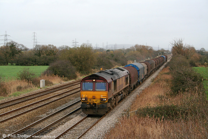 66008 passes Coedkernew with 6V05, 0939 Round Oak to Margam on 6th December 2009.