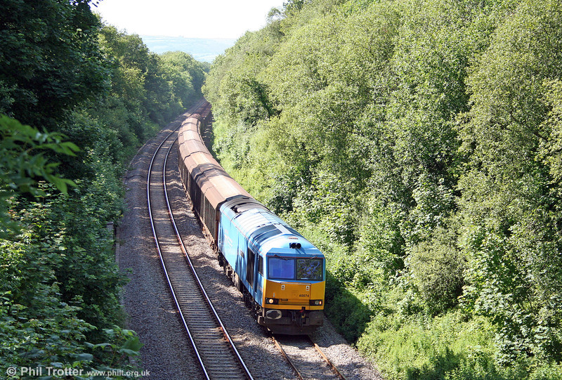 60074 'Teenage Spirit' passes Tircoed with 6B64, 1625 Trostre to Margam on 14th June 2009.