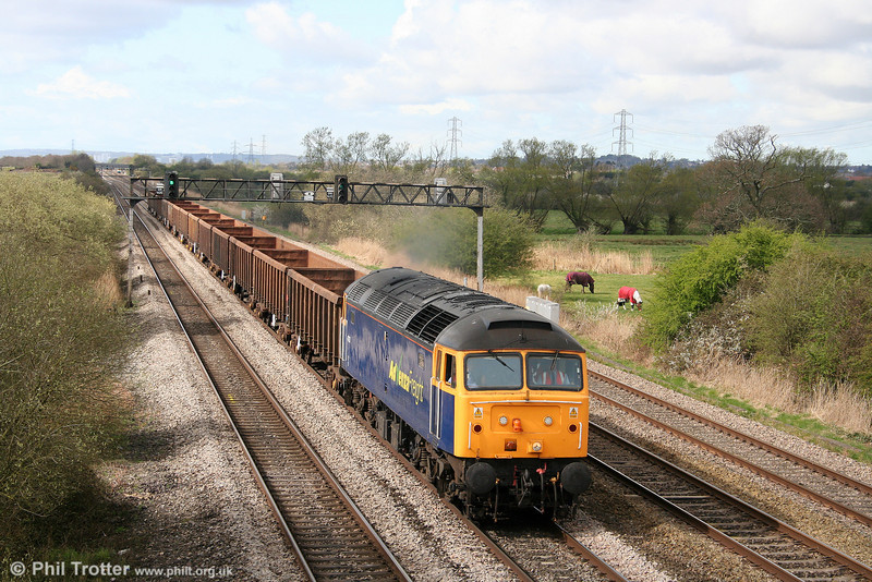 Advenza 47237 passes Coedkernew with 6E66, 0950-ish (!) Cardiff Tidal Sidings to Shipley on 7th April 2009.