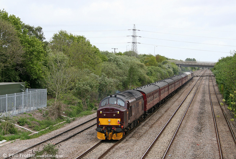 37676 'Loch Rannoch' at the rear of 5Z37, 1410 Cardiff Canton to Bristol Temple Meads ECS on 8th May 2009.