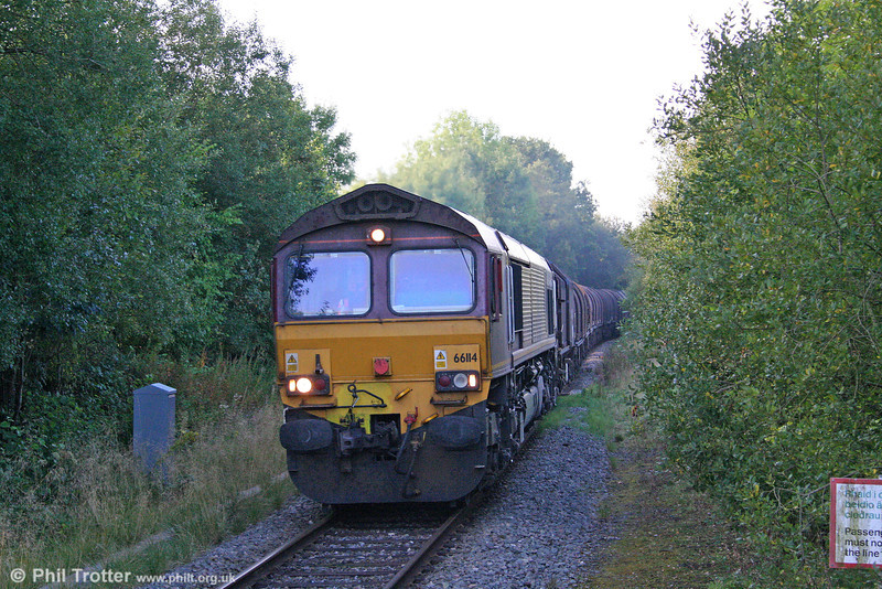 66114 approaches Garth with 6Z32, 0552 Margam to Llanwern on 20th September 2009.