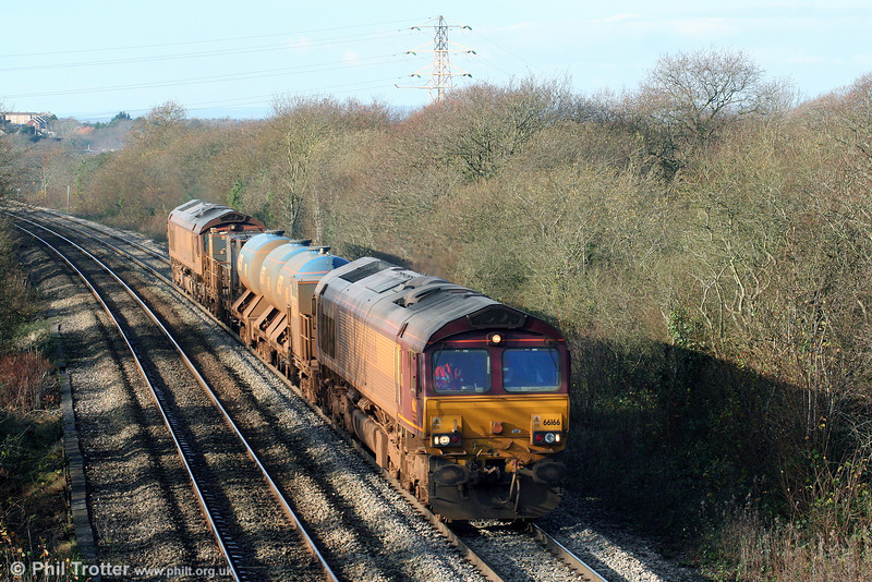 66166 and 66176 on Stormy Bank with RHTT 3S61 on 28th November 2009.