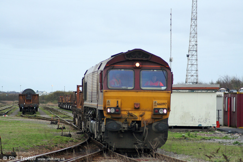 66097 leaves Margam Knuckle Yard with trip working 6H27 to Port Talbot Field on 28th November 2009.