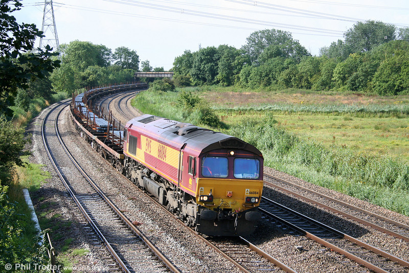 66084 passes Duffryn with 6Z85, 0828 Cardiff Tidal to East Usk Branch (Alphasteel) on 27th July 2009.