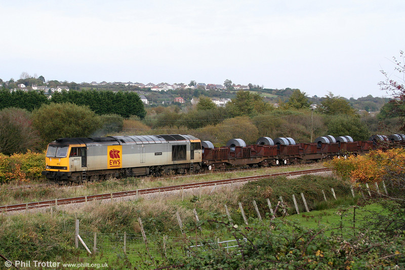 60073 'Cairn Gorm' arrives at Corus, Trostre with 6B12, 1414 Margam to Trostre steel coils on 18th October 2009.