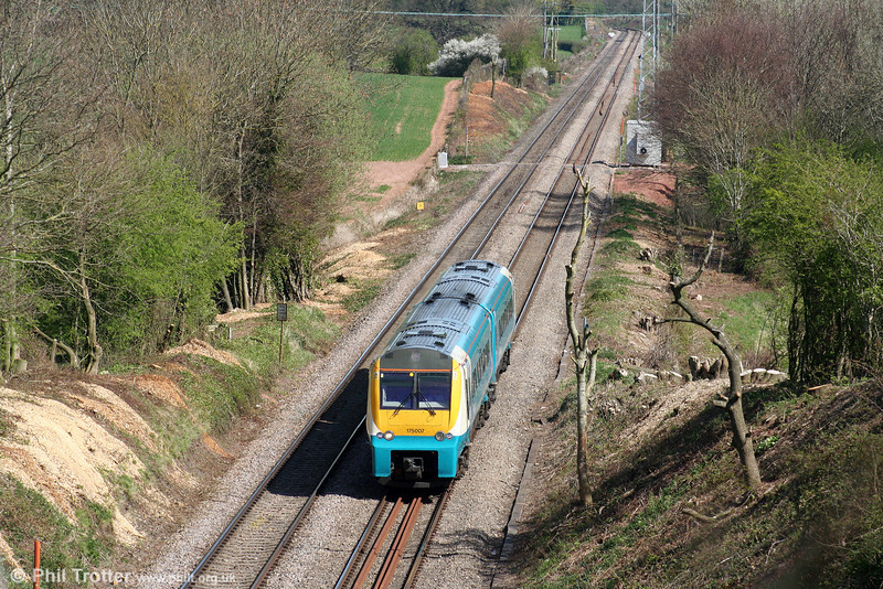 175007 forms the 1030 Manchester Piccadilly to Milford Haven on the approach to Red Hill Tunnel on 13th April 2009.