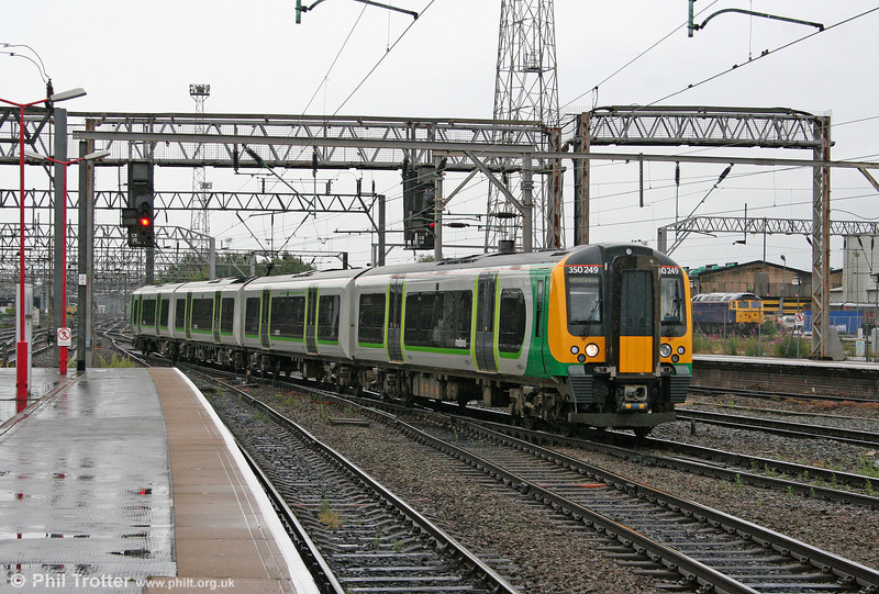London Midland new build 350249 arrives at Crewe forming the 1701 Birmingham New Street to Liverpool Lime Street on 17th July 2009.