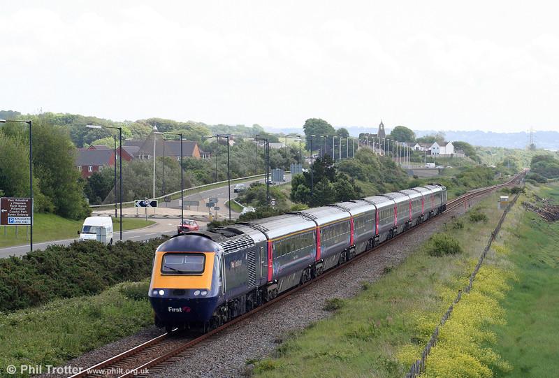 43098 passes Loughor heading the 0845 London Paddington to Pembroke Dock on 13th June 2009.