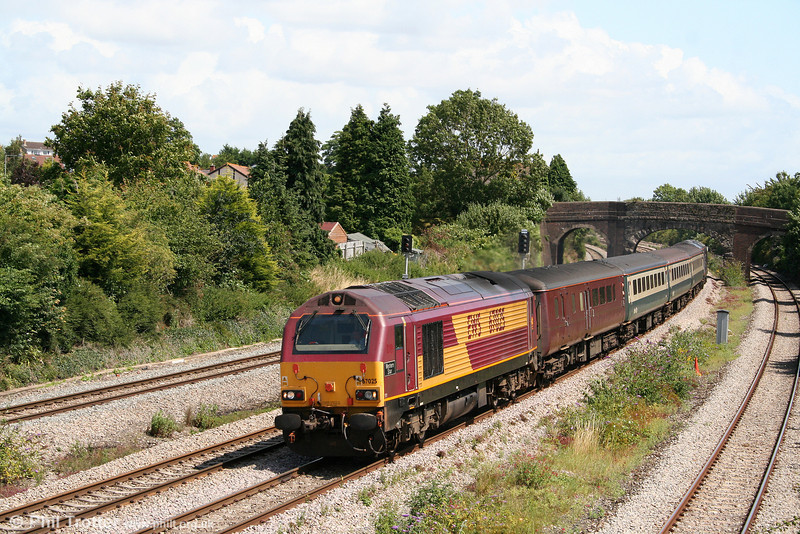 67025 'Western Star' passes Undy at the head of 2U14, 1102 Taunton to Cardiff Central on 27th July 2009.