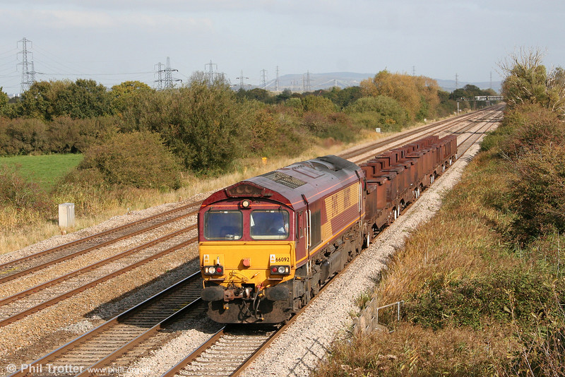 66092 returns through Coedkernew with 6H26, 1334 Llanwern to Margam on 17th October 2009.