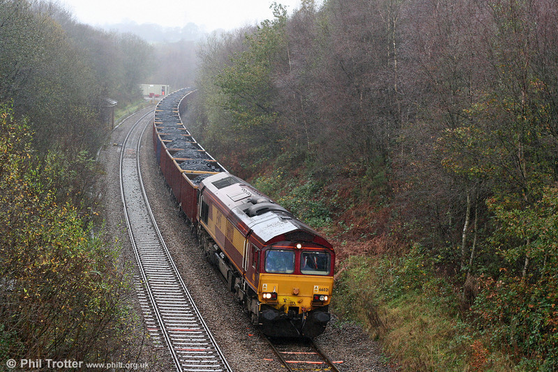 66021 at a wet and autumnal Llangyfelach with 6B05, 1145 Gwaun-Cae-Gurwen to Swansea Burrows on 6th November 2009.