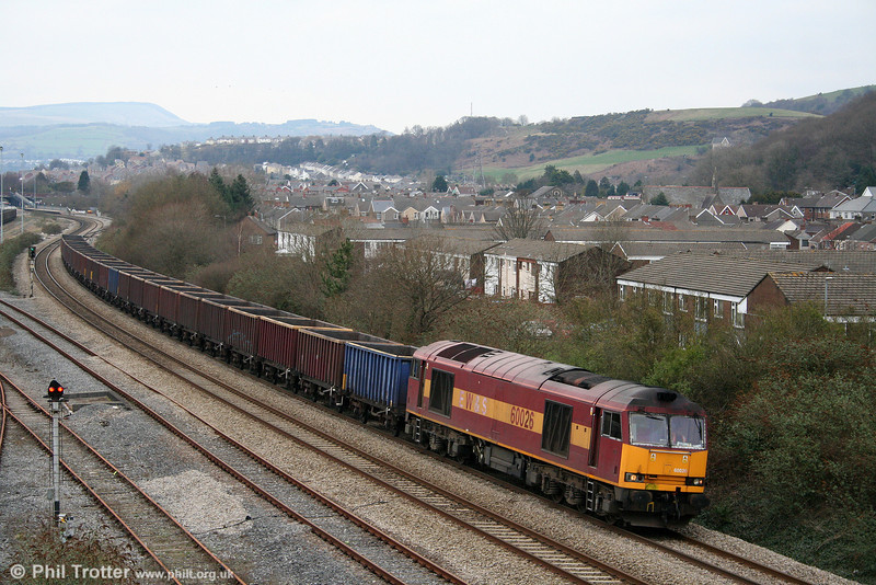 60026 passes Briton Ferry with 6F81, 1350 Onllwyn to Margam empties on 28th February 2009.