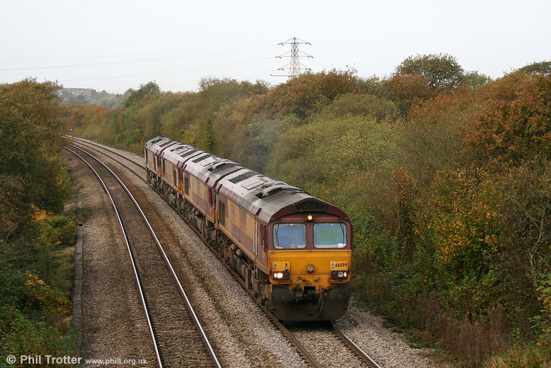 66099, 66092, 66159 and 66008 form a convoy running as 0Z21 from Margam to Crewe, Basford Hall on 31st October 2009.