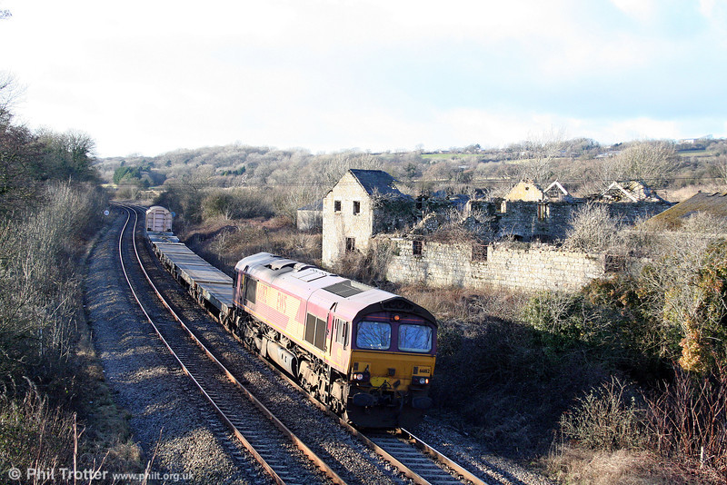 66182 passes Llangewydd with 6A16, 1234 Haverfordwest to Didcot MoD train on 7th February 2009.