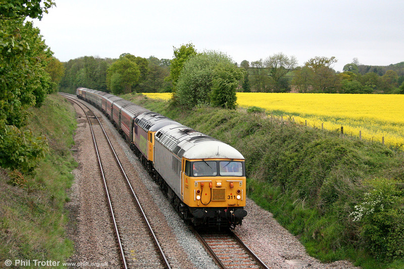 56311 and 56312 'Artemis' pass Llanover with 1Z57, Retro Railtours 1551 Bath Spa to Huddersfield, the return 'Retro Avon Grid' on 4th May 2009.