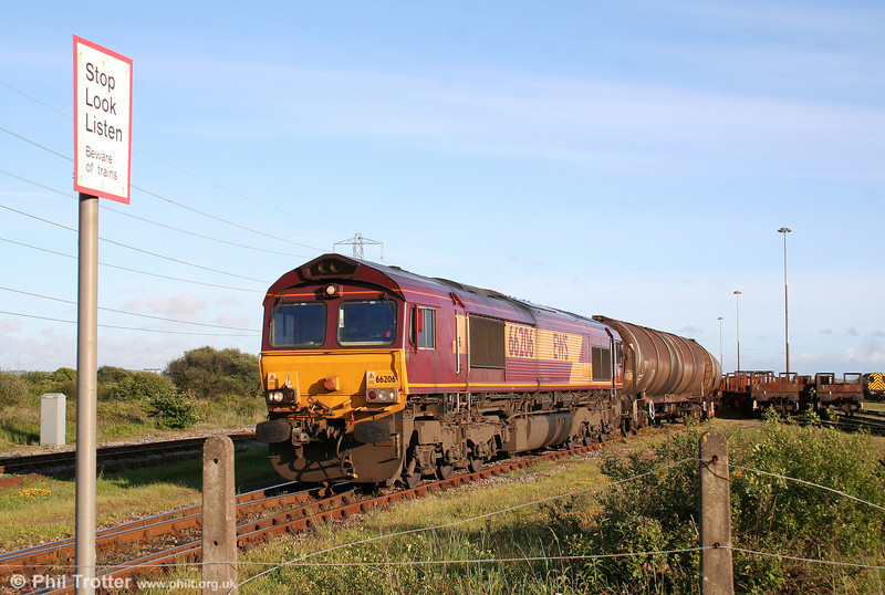 Having taken over the train from 60074, 66206 leaves Margam Knuckle Yard with 6B33, 1335 Theale to Robeston on 21st May 2009.