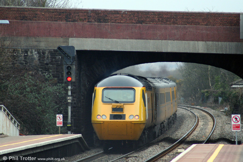 43062 'John Armitt' brings up the rear of 1Z20, 0542 Old Oak Common to Swansea NMT through Briton Ferry on 6th March 2009.