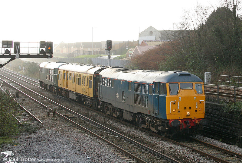 BR blue 31106 climbs out of Swansea with 2Z08, 0458 Whitland to Bristol Temple Meads on 9th December 2009.