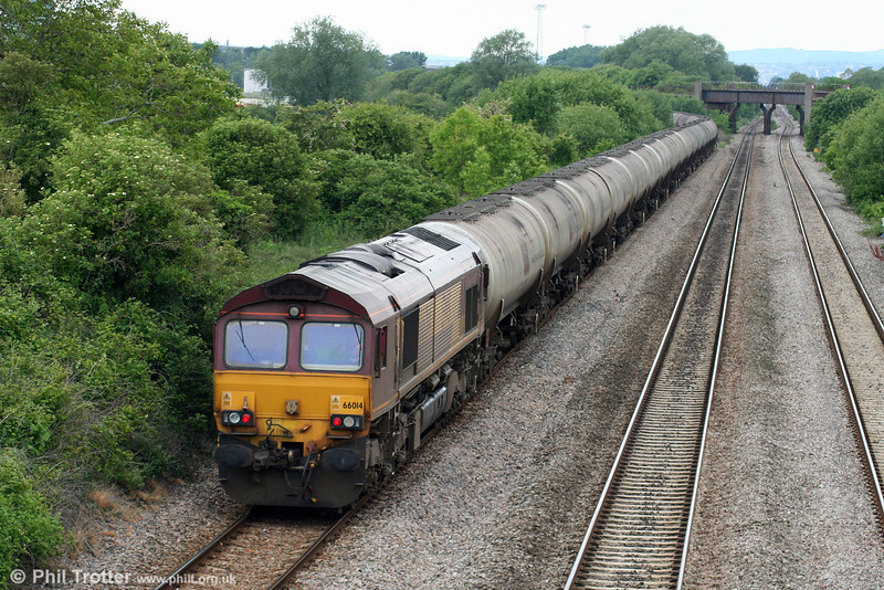 66014 brings up the rear of the diverted 6E41, 1141 Westerleigh to Lindsey Oil Refinery at Llandevenny on 31st May 2010. The train would reverse at Newport ADJ.