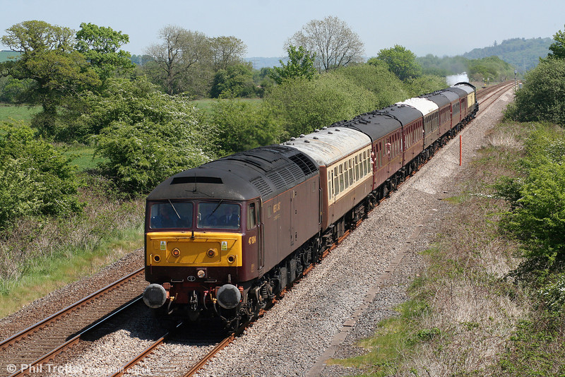 47804 passes Nantyrhebog with 1Z52, 0609 Birmingham International to Fishguard Harbour 'The Southern Irishman' on 22nd May 2010. 'Castle' class 4-6-0 no. 5029 'Nunney Castle' was at the rear.
