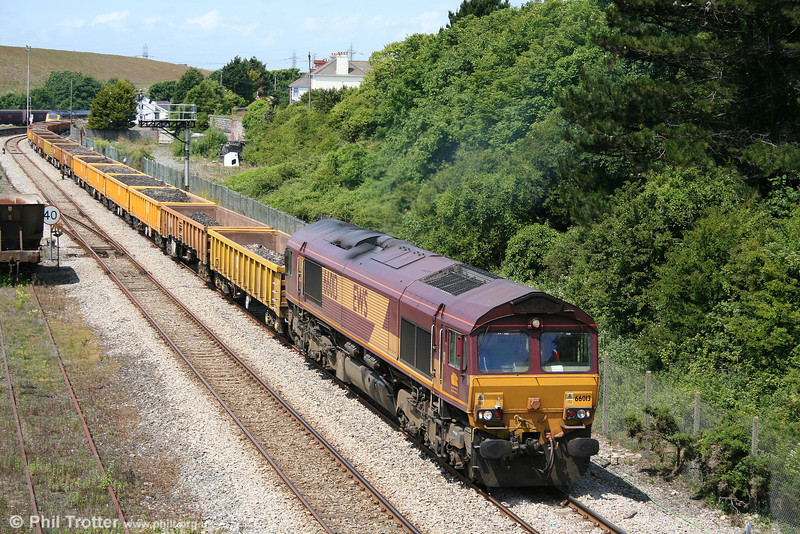 66013 passes Aberthaw with 6W04, 1200 Pencoed to Westbury Yard used ballast on 27th June 2010.