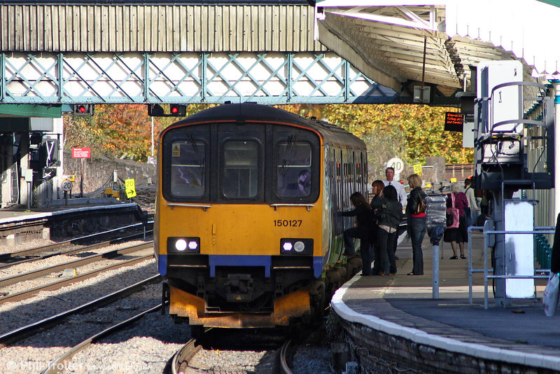 FGW's 150127 calls at Newport's platform 1 with the 1207 Taunton to Cardiff Central on 30th October 2010.