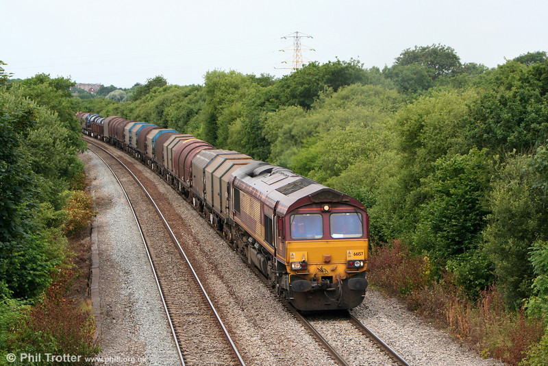 66157 climbs Stormy with 6B03, 0910 Trostre to Llanwern on 10th July 2010.