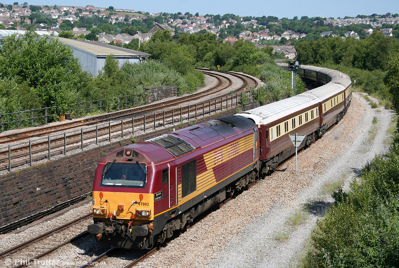 67002 'Special Delivery' approaches Swansea with 5Z25, 0945 Newport ADJ to Neath (via Swansea) Northern Belle ECS on 26th June 2010.