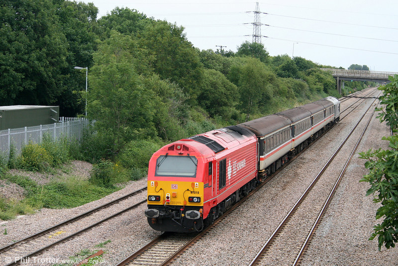 67018 'Keith Heller' brings up the rear of 2C79, 1400 Cardiff to Taunton at Llandevenny on 8th July 2010.