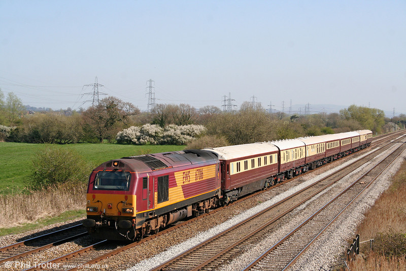 67016 passes Coedkernew with the Northern Belle, running as 1Z27, 0630 Nottingham to Cardiff Central on 17th April 2010.