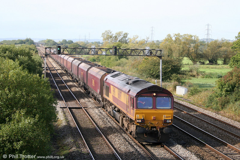 66097 passes Coedkernew with 4C55, 0908 Aberthaw Power Station to Avonmouth on 2nd October 2010.