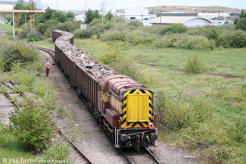 08921 shunts a new load of scrap from Cardiff Tidal Sidings into Tremorfa Works on 24th July 2010.