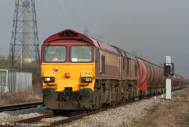 59205 'L Keith McNair' and 66007 head through Margam with 6B13, 0505 Robeston to Westerleigh on 19th March 2010.