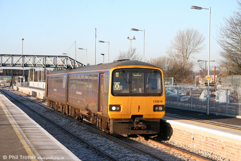 The revised layout at Severn Tunnel Junction opened for business on 4th January 2010 following the Christmas/New Year shutdown. 143619 departs from the newly reopened platform 4 forming the 1000 Cardiff Central to Taunton on opening day.