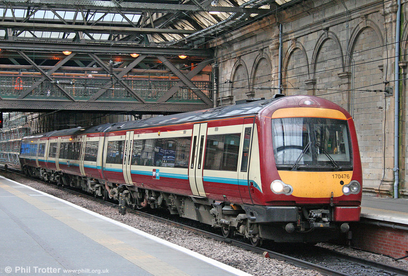 Carrying Strathclyde PTE livery, 170476 is seen at Edinburgh Waverley on 18th October 2010.