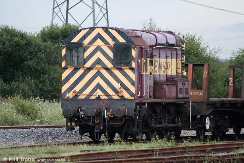 09022 has arrived at Margam to provide additional shunting cover. The loco is seen on 14th August 2010.
