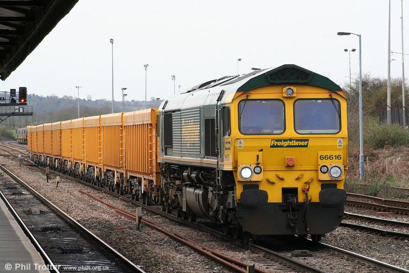 66616 at Westbury with 6M22, Westbury Yard to Stud Farm on 6th April 2010.