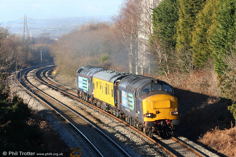 37259 on Cockett Bank with 2Q88, 0918 Robeston to Derby test train on 15th December 2010.