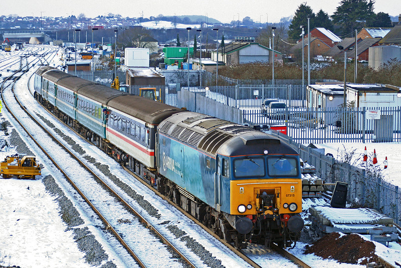 57315 prepares to call at Severn Tunnel Junction with 2C79, 1400 Cardiff Central to Taunton on 8th January 2010.