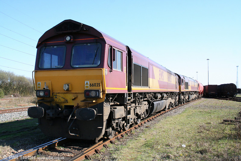 66035 and 66061 at Margam, Knuckle Yard having arrived with 6B33, 1212 from Theale on 17th April 2010.